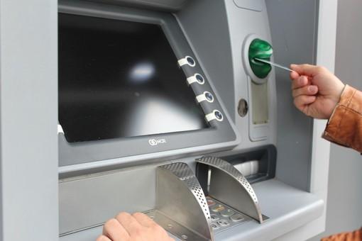 """Sciopero dei portavalori, le banche avvisano: """"Il prelievo di contanti ai bancomat potrebbe non essere disponibile"""""""