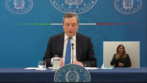 Il premier Draghi durante il suo intervento in Senato