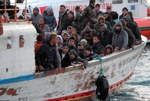 Migranti alla Pellerina di Torino negativi al tampone, altri 50 a Settimo