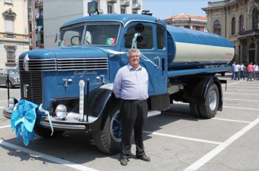 """Camion storici, porte aperte allo showroom della """"Collezionae Marazzato"""""""