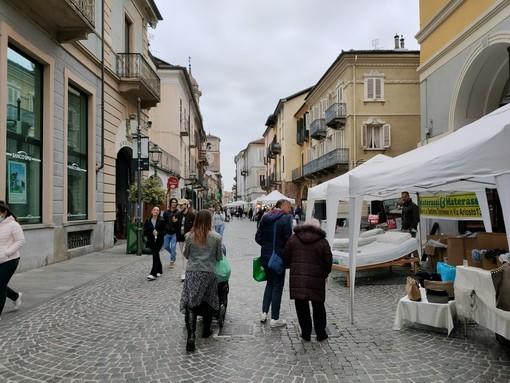 Chivasso: la Festa del Commercio ha animato via Torino nel fine settimana