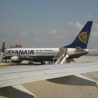 Dall'aeroporto di Levaldigi riprendono anche i collegamenti per Cagliari e Bari