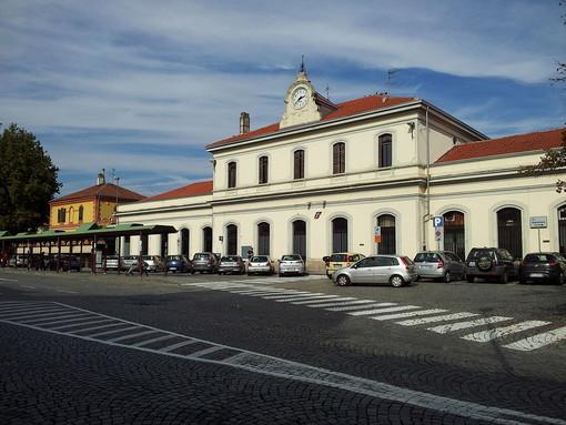 """La linea ferroviaria Chivasso - Aosta si rifà al """"look"""": stanziati 11 milioni di euro"""