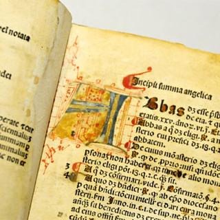 Da Chivasso alla biblioteca di Palazzo Cisterna sulle tracce della Summa Angelica del Beato Carletti