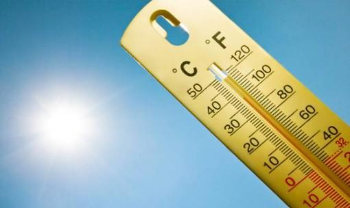 Meteo, caldo africano e bollino rosso anche per Torino: venerdì si rischiano i 40 gradi