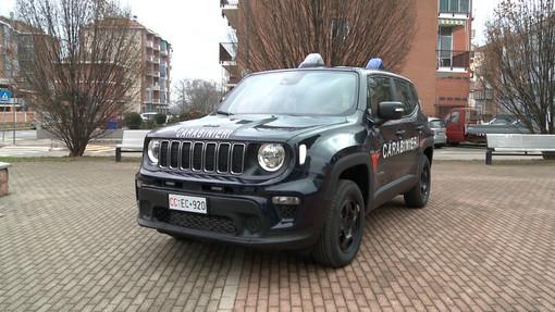 auto dei carabinieri - immagine d'archivio