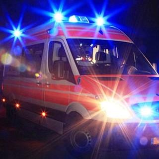 ambulanza in servizio notturno