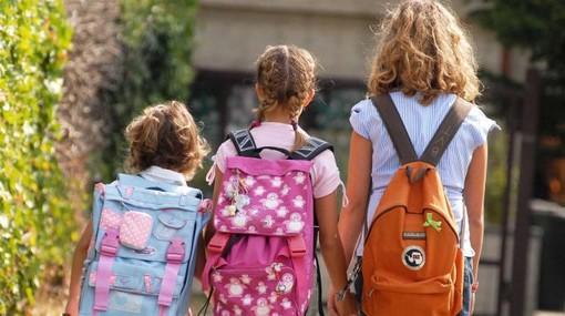 """Primo giorno di scuola a Torino e provincia, Cirio: """"Nessuno sia lasciato indietro o solo"""""""
