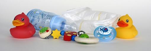 """Babysitter, la Regione precisa: """"L'assistenza ai minori non è tra le attività vietate"""""""
