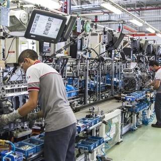 """Lotta al Covid, imprese e sindacati puntano a fare """"13"""" per garantire la sicurezza sul luogo di lavoro"""