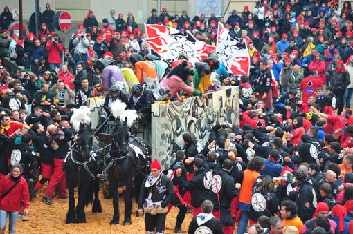 Aperta inchiesta sul Generale del Carnevale di Ivrea, la Fondazione ne decide l'immediata sostituzione