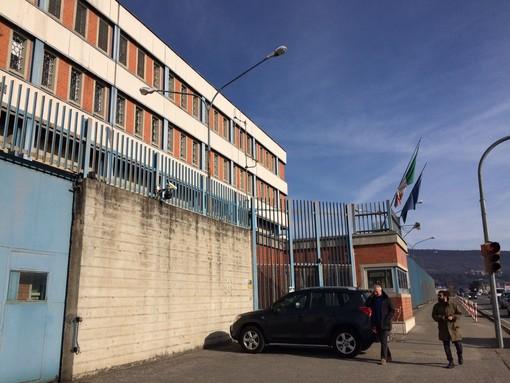 Raccolta fondi dei poliziotti del carcere per l'ospedale di Ivrea