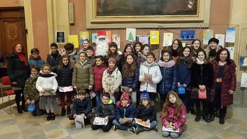 """A Chivasso i disegni natalizi degli allievi di """"Prisma Laboratorio Artistico"""""""