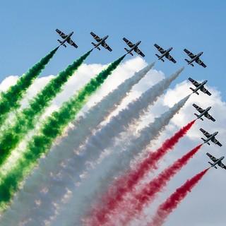 Torino con il naso all'insù: lunedì pomeriggio passano le Frecce Tricolori sopra la città per dare slancio alla ripartenza