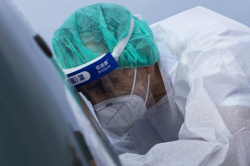 Covid, in Piemonte i numeri non calano ancora: 46 morti e 1.464 nuovi casi. Tre più di ieri in terapia intensiva