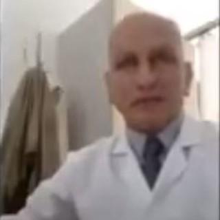 """""""Il vaccino contro l'influenza rafforza il Covid"""": indagato medico nel Canavese"""