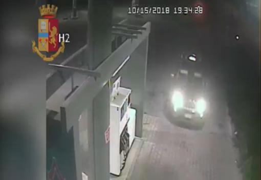 Sgominata la banda che rubava trattori (e non solo) tra Torino, Ivrea, Asti e Vercelli [VIDEO]
