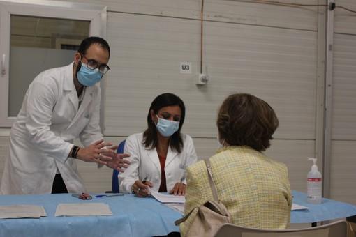 Covid, la Regione chiede alle Asl di convocare i 158mila over60 non ancora vaccinati