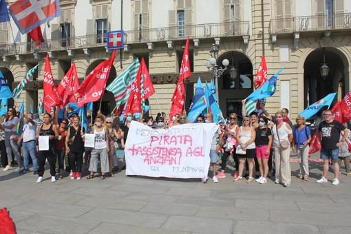 protesta oss e lavoratori assistenza