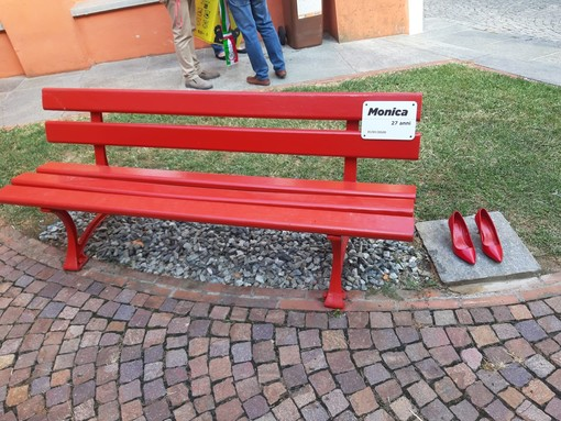 Panchina rossa anti violenza sulle donne