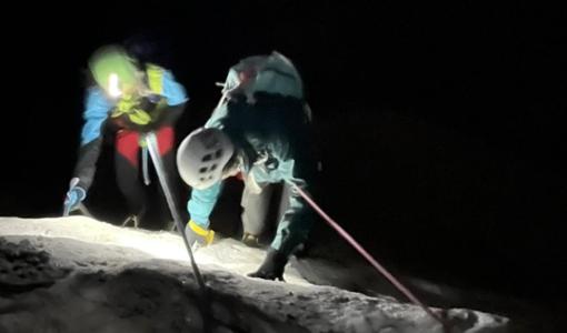 soccorritori in montagna