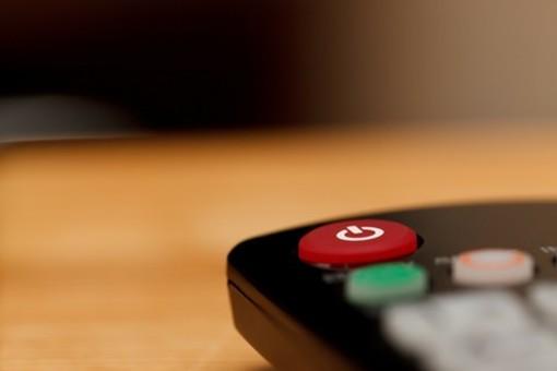Segnale TV, dal 2020 si cambia: ma otto famiglie su dieci rischiano di rimanerne prive